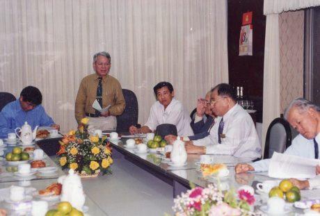 Ông Trần Ngọc Thành  phát biểu tại một buổi làm việc của TCT Cao su VN. Ảnh: Tư liệu