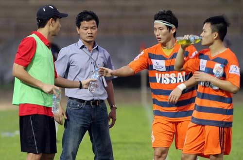 Cá độ bóng đá tại Ninh Bình