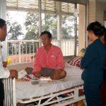 Cao su Đồng Nai hỗ trợ gia đình anh Nguyễn Văn Nam