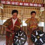 Lên biên giới ngắm bảo vật cổ truyền của người Hà Lăng