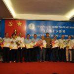 Trao Kỷ niệm chương Cao su VN cho 14 cán bộ lão thành y tế