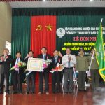 Cao su Quảng Nam đón nhận Huân chương Lao động hạng Ba