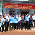 Công đoàn cơ quan VRG: Trao nhà kết nghĩa cho công nhân cao su Chư Sê