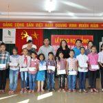 Tạp chí CSVN trao 80 suất học bổng cho con em công nhân