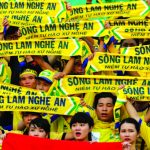 Bóng đá ân tình, bóng đá kinh tế lại lộ phát