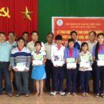 Cao su Nam Giang tiếp tục trao học bổng Tạp chí CSVN