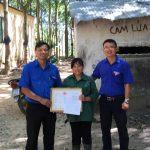 Đoàn Thanh niên Cao su Kon Tum khen thưởng thi đua nước rút