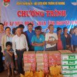 Đoàn Thanh niên Cao su Mang Yang tặng 150 suất quà cho công nhân nghèo