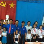 Đoàn Thanh niên Cao su Kon Tum về nguồn tại huyện đảo Lý Sơn