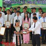 Tháng 4 tuyên dương 300 công nhân dân tộc thiểu số