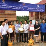 Bàn giao khu nhà ở Làng hữu nghị Thanh niên biên giới Lào - Việt