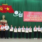 Cao su Đồng Phú tuyên dương học sinh giỏi