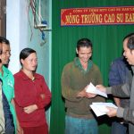 Cao su Ea H'leo trao 118 suất quà cho công nhân khó khăn