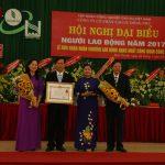 Công đoàn Cao su Đồng Phú đón nhận Huân chương Lao động hạng nhất