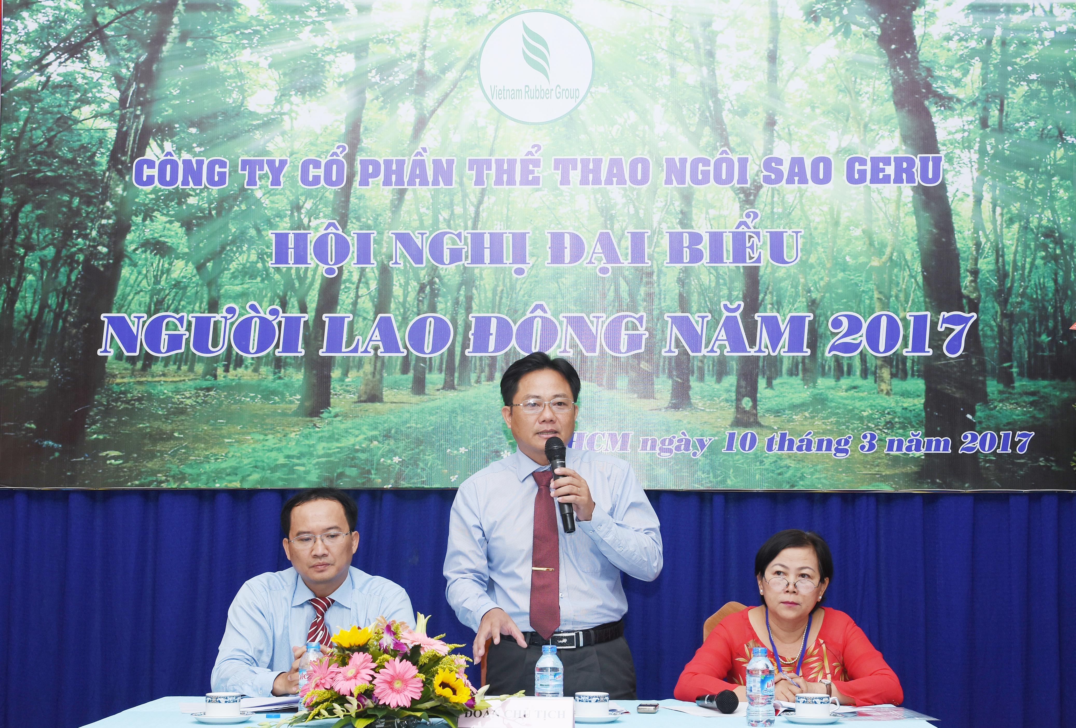 Ông Trần Văn Hạnh – Bí Thư Đảng Ủy – TGĐ công ty cũng đã trực tiếp trả lời những vấn đề khúc mắc cũng như kiến nghị đề xuất của người lao động