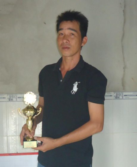 Trung và huy tượng đoạt giải ba Hội thi Bàn tay vàng cấp ngành