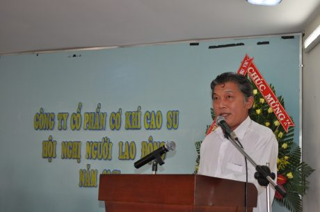 Ông Nguyễn Hoàng Thái, Phó Ban Công nghiệp VRG, Chủ tịch HĐQT Công ty phát biểu chỉ đạo hội nghị