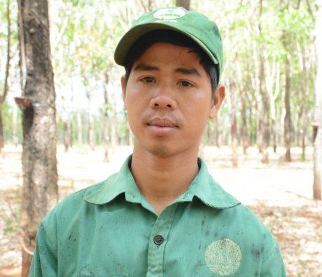 Thanh niên công nhân giỏi Trần Duy Dương.