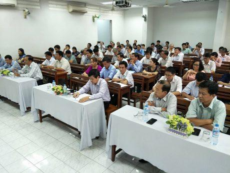 Đại biểu khách mời tham dự lễ khai mạc kỳ thi nâng ngạch lên chuyên viên chính 2017
