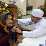 Cao su Đồng Nai tặng quà cho 120 người già neo đơn, đồng bào dân tộc