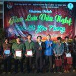Đoàn Thanh niên Cao su Chư Păh, Chư Prong trao quà thanh niên khó khăn
