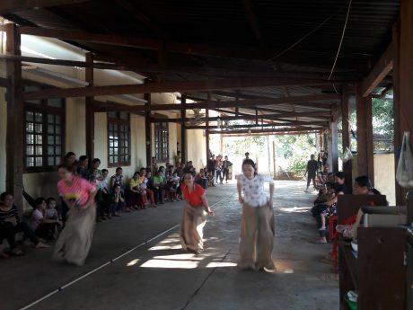 Chung kết nhảy bao bố tại NT Bãi lau
