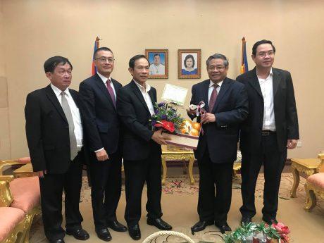 Lãnh đạo VRG chúc Tết Ngài Yim Chahly - Phó Thủ tướng, Chủ tịch Hội đồng Khôi phục và Phát triển Nông nghiệp và Nông thôn Campuchia