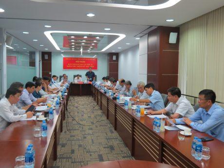 Đồng chí Võ Sỹ Lực –Phó Bí thư thường trực Đảng ủy, Chủ tịch HĐTV VRG triển khai công tác quý II/2018