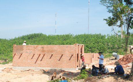 Khu dân cư NT Mo Rai 4 đang xây dựng những căn nhà đầu tiên giải quyết chỗ ở cho CN vừa tuyển dụng.