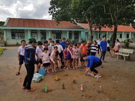 Một số hoạt động vui chơi giải trí tại trại hè.