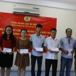 Công đoàn Cao su Krông Buk, Gỗ Thuận An tặng quà người lao động khó khăn