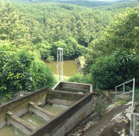 80% nước thải sau khi xử lý được bơm lên hệ thống lọc cơ lý trước khi lưu trữ tại bể chứa để sử dụng cho sản xuất.