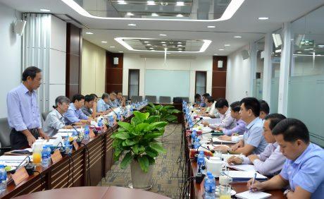Chủ tịch HĐQT VRG Trần Ngọc THuận phát biểu trong buổi làm việc