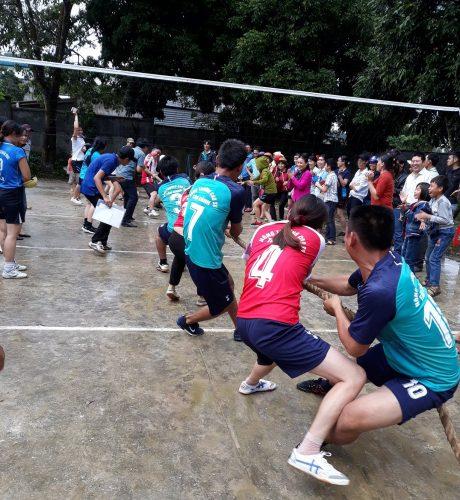 Thi kéo co tại hội thao Cao su Kon Tum năm 2018.