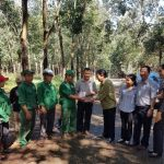 Công đoàn CSVN trao thưởng 3 tổ ở Cao su Phú Riềng