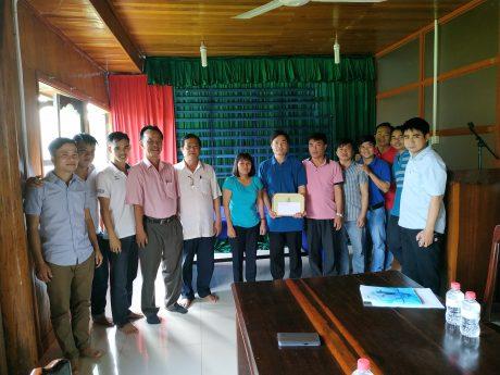khen thưởng thi đua nước rút 3 tháng cuối năm cho CĐCS Phước Hòa – KampongThom