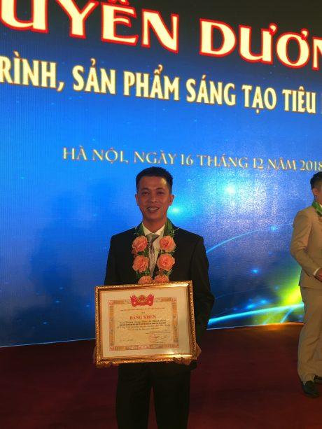 Anh Lý Minh Kha – đoàn viên Nhà máy Chế biến Cua Paris, Công ty CPCS Phước Hòa