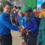 Đoàn Thanh niên VRG tình nguyện ở Hà Giang