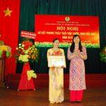 Công đoàn Cao su Kon Tum tuyên dương 76 nữ công nhân lao động
