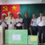 Đoàn cán bộ VRG thăm, tặng quà chiến sĩ và nhân dân huyện đảo Trường Sa