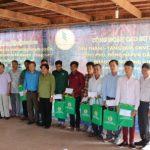 CĐ CSVN thăm, tặng quà cho CNLĐ tại Campuchia
