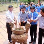 Đoàn Đại biểu Thanh niên Việt Nam - Nhật Bản viếng Đền thờ Vua Hùng