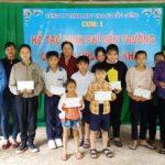 Cao su Dầu Tiếng tặng quà hỗ trợ 38 học sinh khó khăn