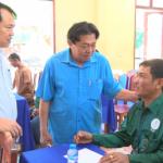 Hỗ trợ 100 triệu đồng cho gia đình công nhân Cao su Việt - Lào