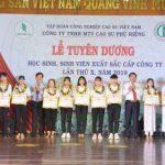 Cao su Phú Riềng tuyên dương 127 HSSV xuất sắc