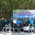 Cao su Đồng Phú: Khen thưởng 2 tập thể tổ về trước kế hoạch 45 ngày