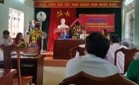 Phó TGĐ VRG Lê Thanh Tú phát biểu tại Hội nghị Người lao động Công ty Cao su Hà Tĩnh