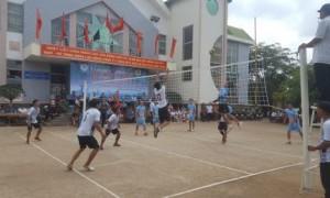 1 pha đánh bóng trong trận chung kết bóng chuyền nam.