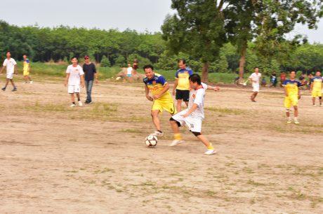Tranh tài môn bóng đá nam