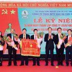 Đảng bộ Cao su Chư Păh: Lãnh đạo công ty vượt khó